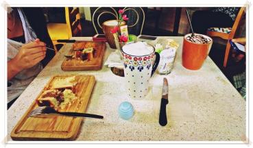Café y pan de naranja